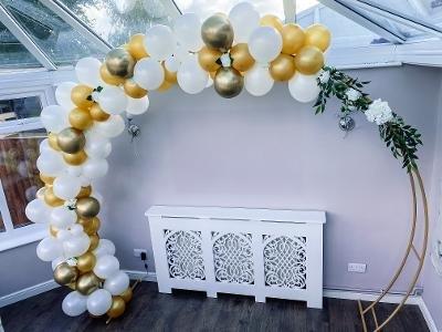 WeddingBalloonArch1